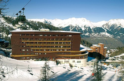 Sticky: Hotel Terra Nova review in La Plagne ski resort