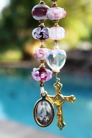 Single Decade Rosary Tenner Rosary Pocket Rosary In lampwork Beads and Crystal Heart