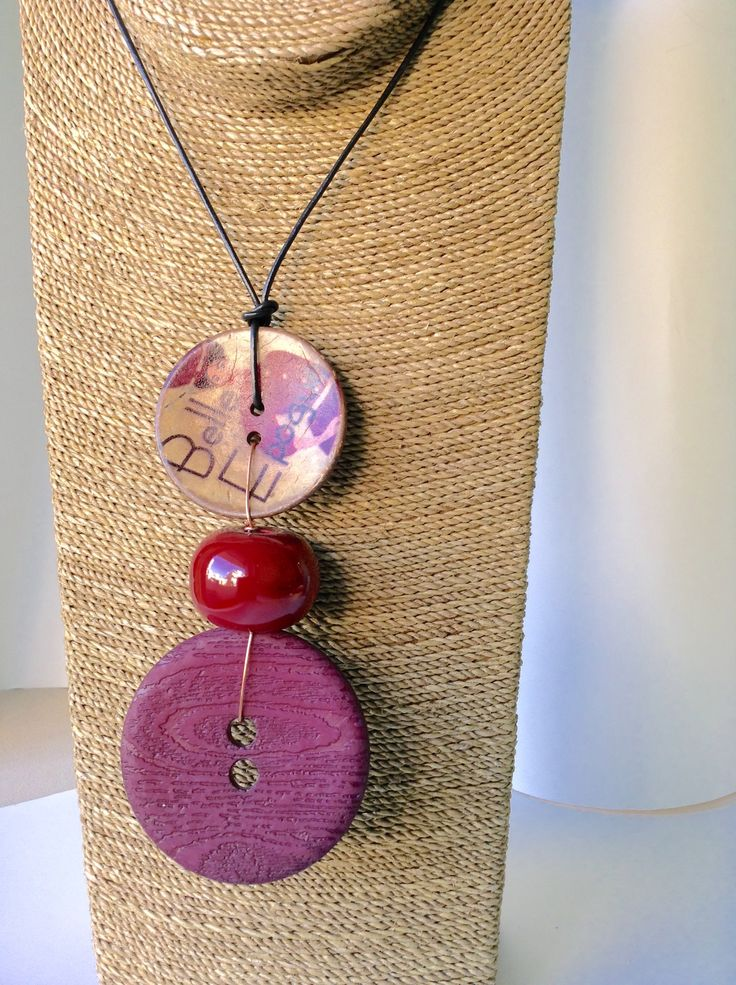 Buttons neckless!!!