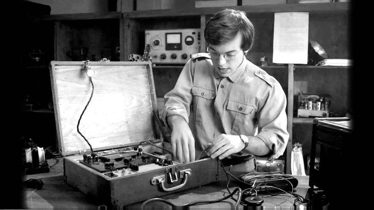 X Company 1942 classified training video: Suitcase Radio
