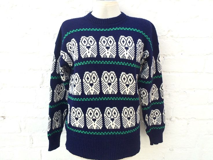 Knit owl sweater, vintage jumper, winter wildlife pullover by retrobelluk on Etsy https://www.etsy.com/uk/listing/478834366/knit-owl-sweater-vintage-jumper-winter