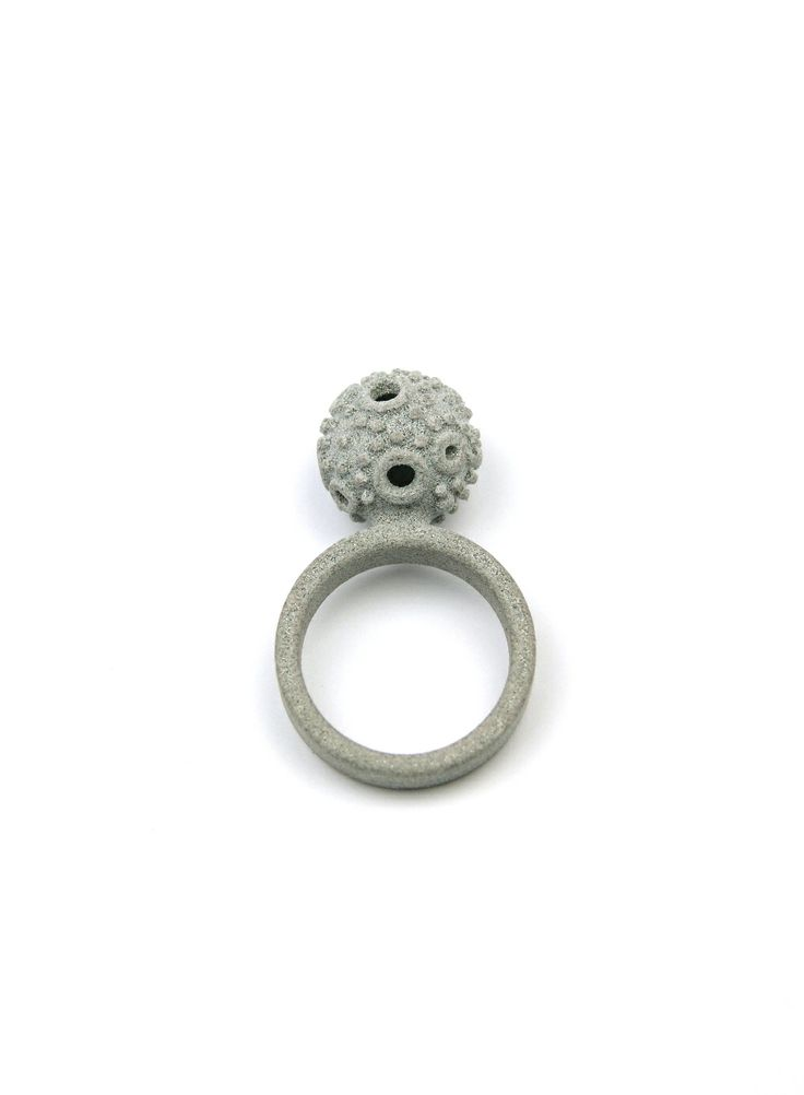 3D printed ring. Textured ball and  grey ring.   www.scicche.itwww