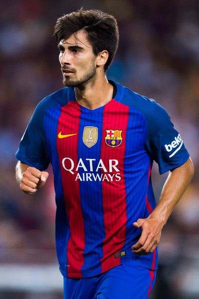 Andre Gomes of FC Barcelona looks on during the Joan Gamper trophy match between FC Barcelona and UC Sampdoria at Camp Nou on August 10, 2016 in Barcelona, Catalonia.
