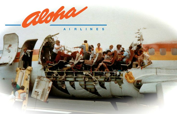 It's been 26 years since the roof of Aloha Airlines Flight 243 ripped off. One of the pilots who helped land the plane at Kahului Airport spoke about the experience.