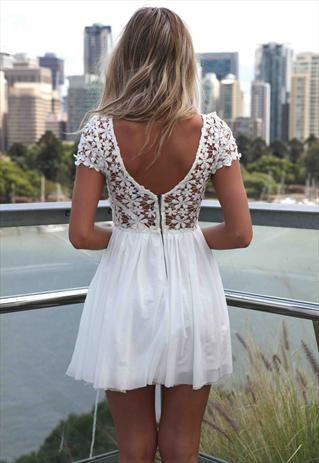 White Splended Angel Dress Tulle Lace Crochet Daisy kr308