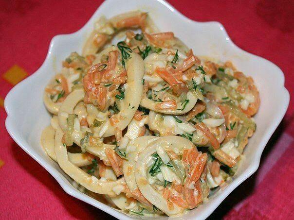 """Самые вкусные рецепты: Салат с кальмарами """"Сахалин"""""""