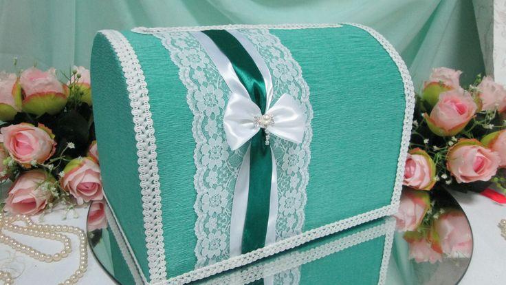 Свадебный сундучок ручной работы изумрудного цвета . Декор: креповая бумага…
