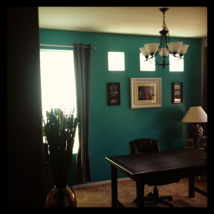 Irish Pub Decorating Ideas Best Home Bar Design To Build: 84 Best Pub Bar With Green Walls Images On Pinterest