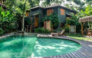 Alugo para Temporada Casa Condomínio Fechado em Ilhabela