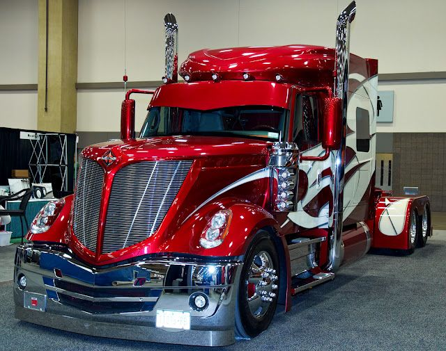 The Great American Trucking Show 2011 [Photo album]