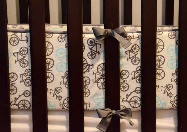 Create crib bumpers with this DIY tutorial!   http://www.goodwillvalleys.com/shop/