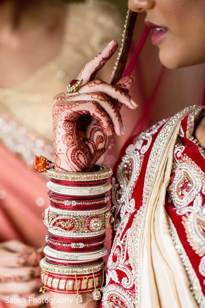 Bangles http://maharaniweddings.com/gallery/photo/26424