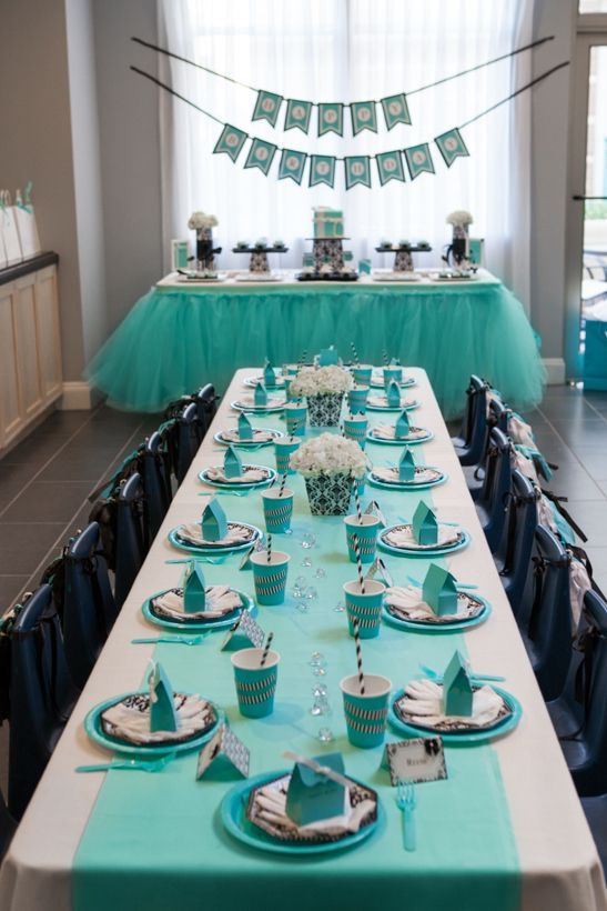 Super cute Breakfast at Tiffany's theme bridal shower.