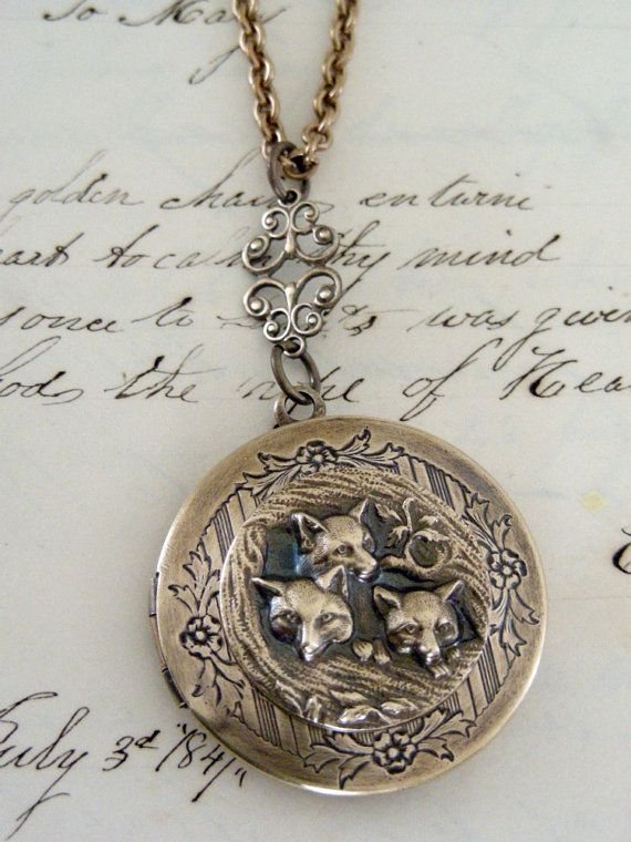 Locket Necklace Fox Jewelry Vintage by chloesvintagejewelry
