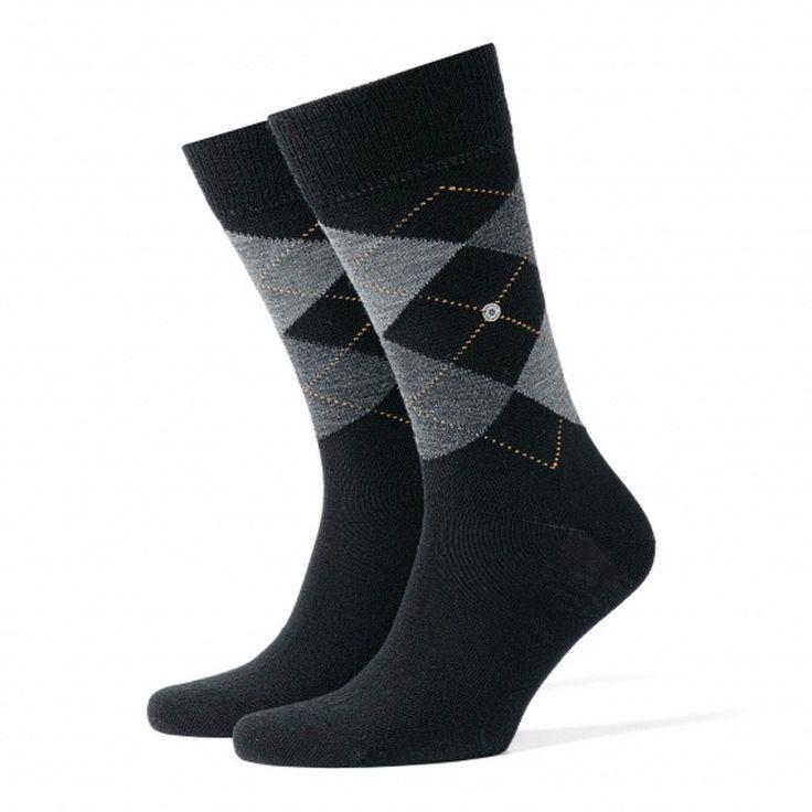 Calcetín clásico de rombos confeccionado en LANA VIRGEN, muy suave y cálida. Refuerzo extra en talón y puntera. ¡Pies calientes y confortables! http://www.varelaintimo.com/94-calcetines-de-lana