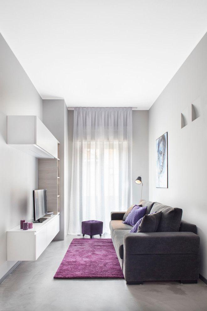 Siga as nossas dicas essenciais para decorar uma sala de TV pequena com muito estilo e praticidade. São 65 imagens inspiradoras para conferir.