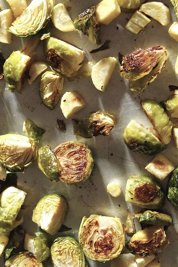 Crispy Roasted Brussels Sprouts with Lemon Tahini Sauce {gf, vegan ...