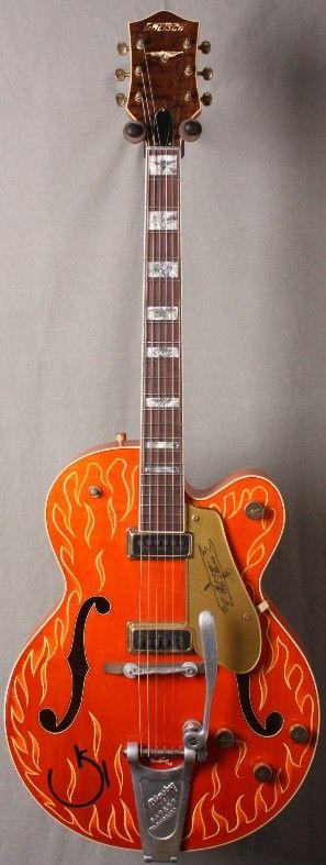 NAMM Show USA Custom Shop Gretsch Chet Atkins!   Pinstriping by Hot Rod artist Sam Gambino!  2/04/10