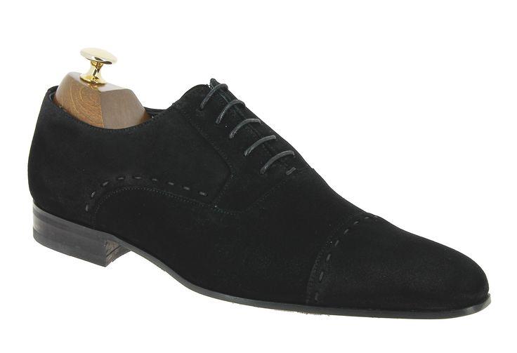 Center 51 vous présente le modèle  Richelieu Paco Milan 3876 daim noir à 110,00 €  retrouvez-le sur https://www.center51.com/fr/chaussures-a-lacets-homme/638-richelieu-paco-milan-3876-daim-noir.html