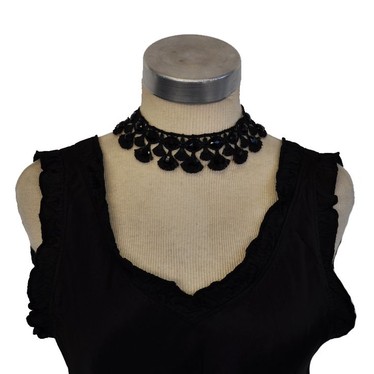 Loving these elegant #Chokers now at #Nicci #accessory