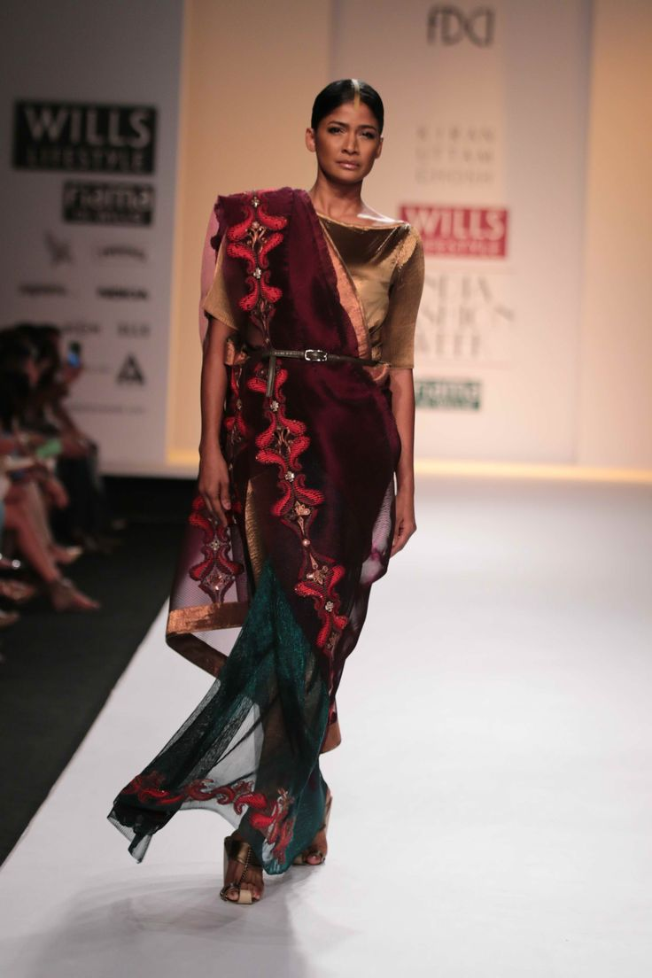 Another gorgeous number sizzles the ramp!