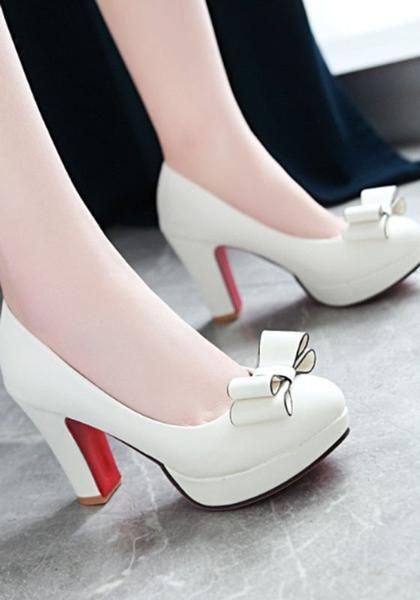 b83f985103b White Round Toe Chunky Bow Sweet High-Heeled Shoes in 2019