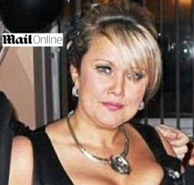 LONDRA Una madre per il 18esimo compleanno della figlia, ha stupito tutto con un regalo inaspettato: cocaina. Secondo una prima ricostruzione la