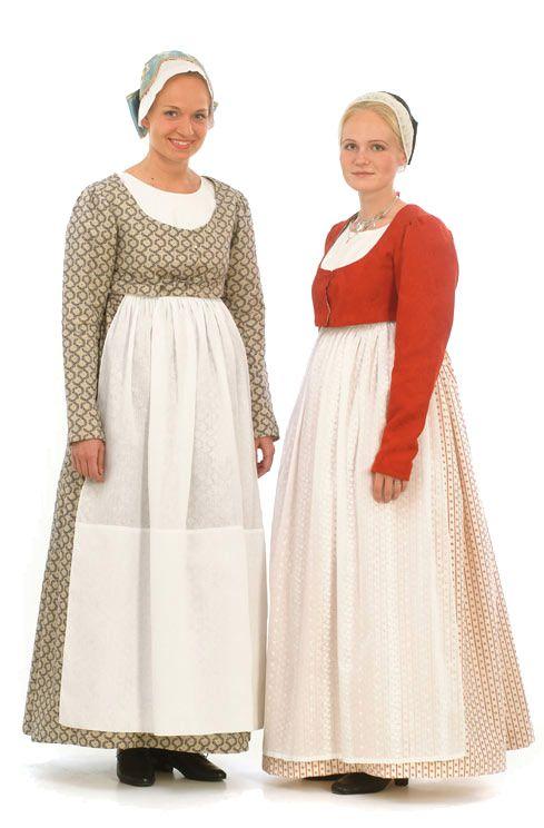 Folk dress of Loppi region, Finland | Lopen naisen kansallispuku. Kuva © Suomen kansallispukuneuvosto, Lasse Keltto 2003. http://www.kansallispuvut.fi/puvut/loppi_np.htm