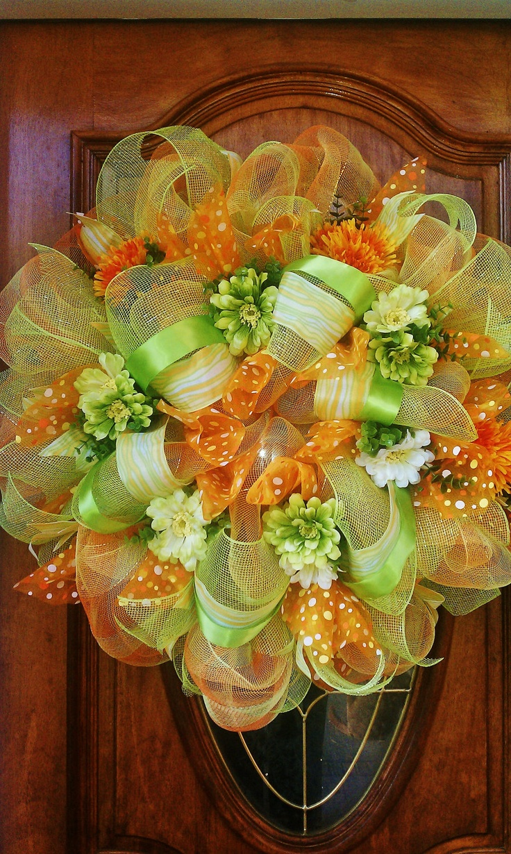 Orange Blossom Wreath: Summery Deco Mesh