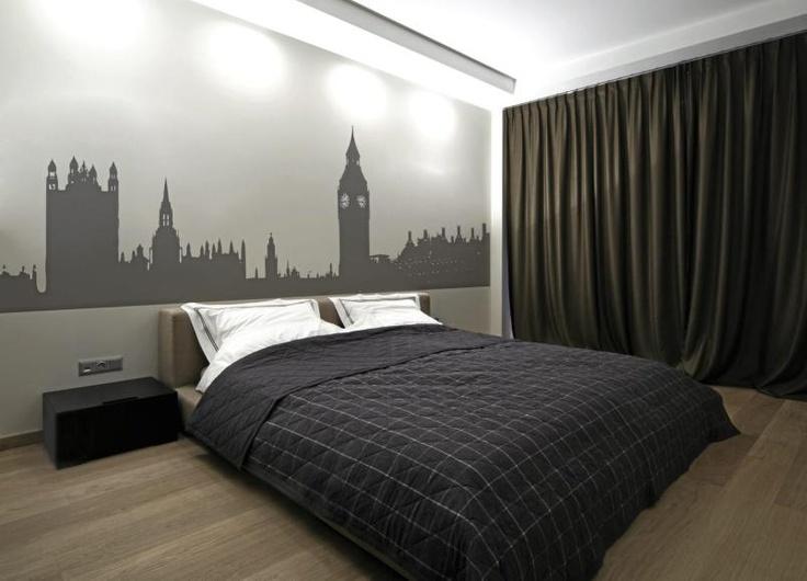 Wallstickers trenger ikke være små, yndige enkeltmotiver. Her har beboerne gått for et motiv som dekker hele den ene soveromsveggen.
