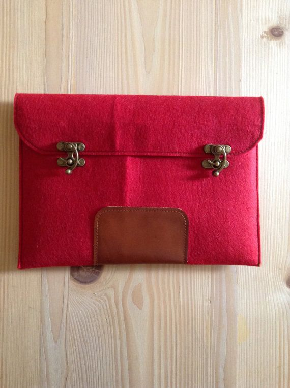 MacBook Pro 13  sleeve case red  felt  with brown by ottobags