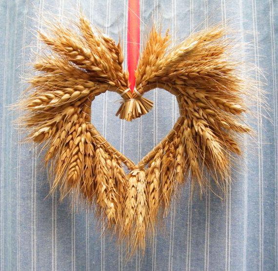 Lot of 6 Valentine Heart Shape Wheat Wreaths Natural Folk Primitive