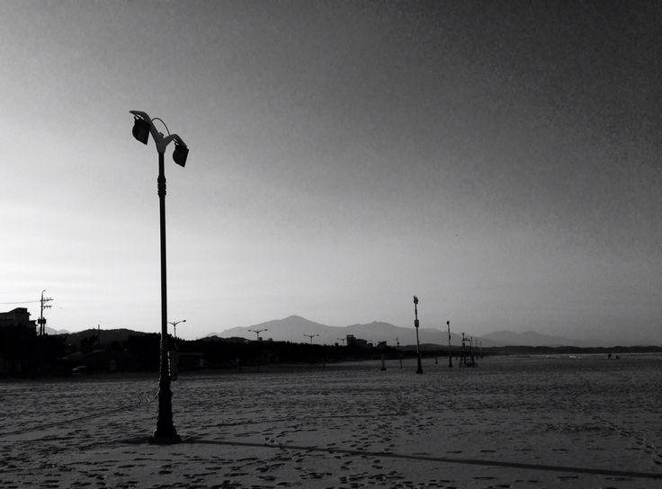 외로운...바다