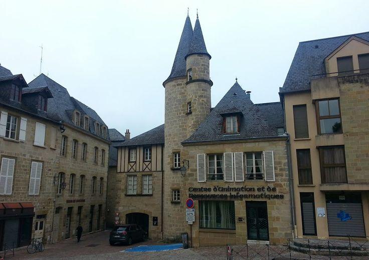 Brive-la-Gaillarde, place Dauzier