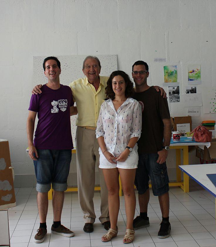 Becarios del segundo turno en su taller de trabajo, durante la visita del presidente de la Fundación, Miguel Rodríguez-Acosta Carlström