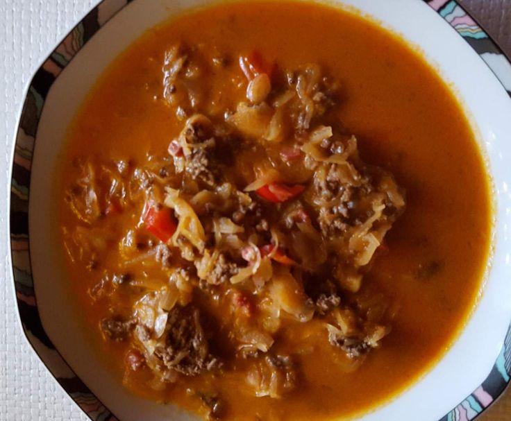 Sauerkrautsuppe mit Hackfleisch, Wiener  oder Cabanossi / Rezept des Tages by la lunica strega on www.rezeptwelt.de