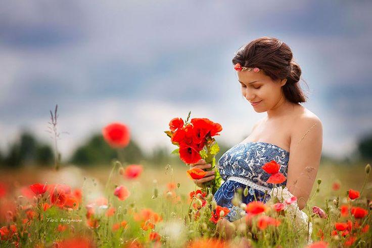 Уход за лицом и телом во время беременности. Многие женщины в период ожидания ребенка становятся еще красивее. Во время беременности ускоряется обмен веществ, волосы становятся гуще и лицо сияет изнутри. Но не всем так везет. Иногда появляются проблемы с пигментацией, слоятся ногти, могут возникнуть высыпания на коже. Рекомендации, как правильно ухаживать за собой, я выбрала самые лучшие не только с точки зрения косметологии, но и из опыта двух собственных беременностей. Итак, что делать и…