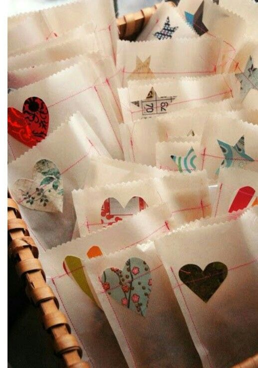 Butter Paper Gift Bags (Set of 2) @ Rs. 149