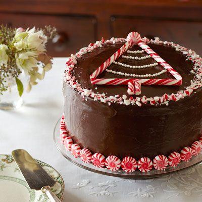 Yummy Christmas desserts: peppermint-chocolate layer cake