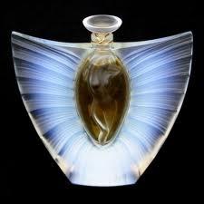 Lalique Perfume Bottles: Art Nouveau, Bottle Perfumebottl, Beautiful Bottle, Perfume Bottles, Art Deconouveau, Glasses Art, Laliqu Perfume, Bottle Art, Art Glasses