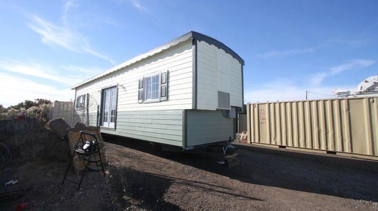 10 x 36 TINY HOUSE CARAVAN PROFESSIONALLY BUILT FULL KITCHEN BATHROOM LAUNDRY READY TO LIVE IN OR RENT OUT. #TinyHouseforUs