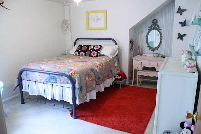 via Primitive & Proper-Girl's Woodland RoomDiy Ideas, House Tours, Guest Room, Home Tours, Decor Ideas, Girls Bedrooms, Girls Room, Vintage Bedrooms, Bedrooms Ideas