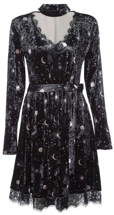 Pretty Moon Dresses