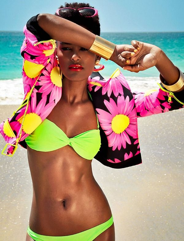 WanderWorldWonderLust: Hair Models, Beachfashion, Bright Colour, Raquel Pinto, Natural Hair, Summer Breeze, Naturalhair, Bright Colors, Beaches Fashion