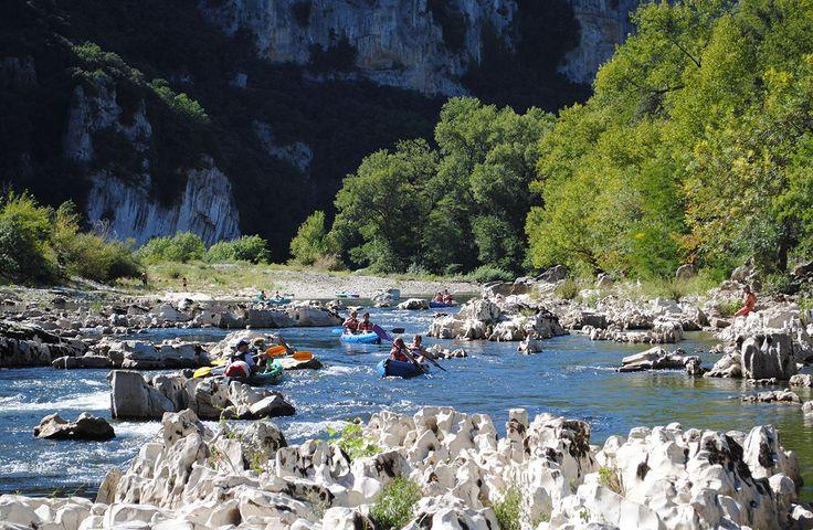 L'ouverture de la réplique de la grotte Chauvet est l'occasion idéale de (re)découvrir les superbes gorges de l'Ardèche. Voici nos suggestions pour un week-end de rêve.
