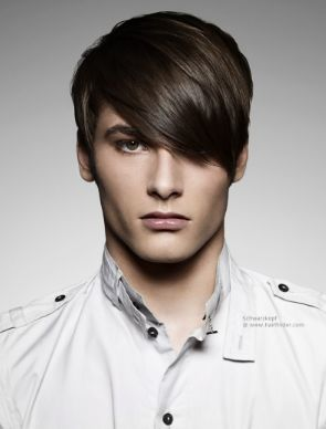 Side Swept Bangs With Images Emo Hairstyles For Guys