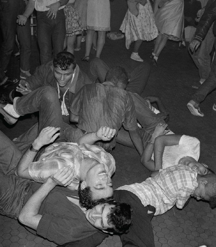 Sideburns in the Suburbs: The Rockabilly Gangs of 1980s Paris | VICE | United States