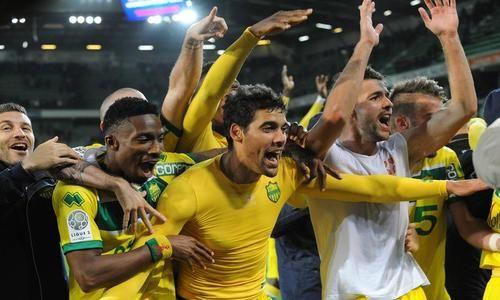 Foot : Nantes et Guingamp rejoignent Monaco en Ligue 1