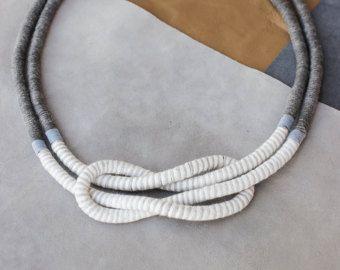 Algodón envuelto collar de cuerda cuerda de declaración nudo