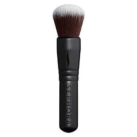 Sephora Collection Classic Mini Multitasking Brush | Wondering what travel gifts to buy your friends and family? Travel Fashion Girl's writers have pooled together the items on their wishlist. Take a look! You'll definitely want to add some to your list, too! | travelfashiongirl.com